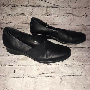 ECCO Women's Shoes Slip Ons Black Elastic 40